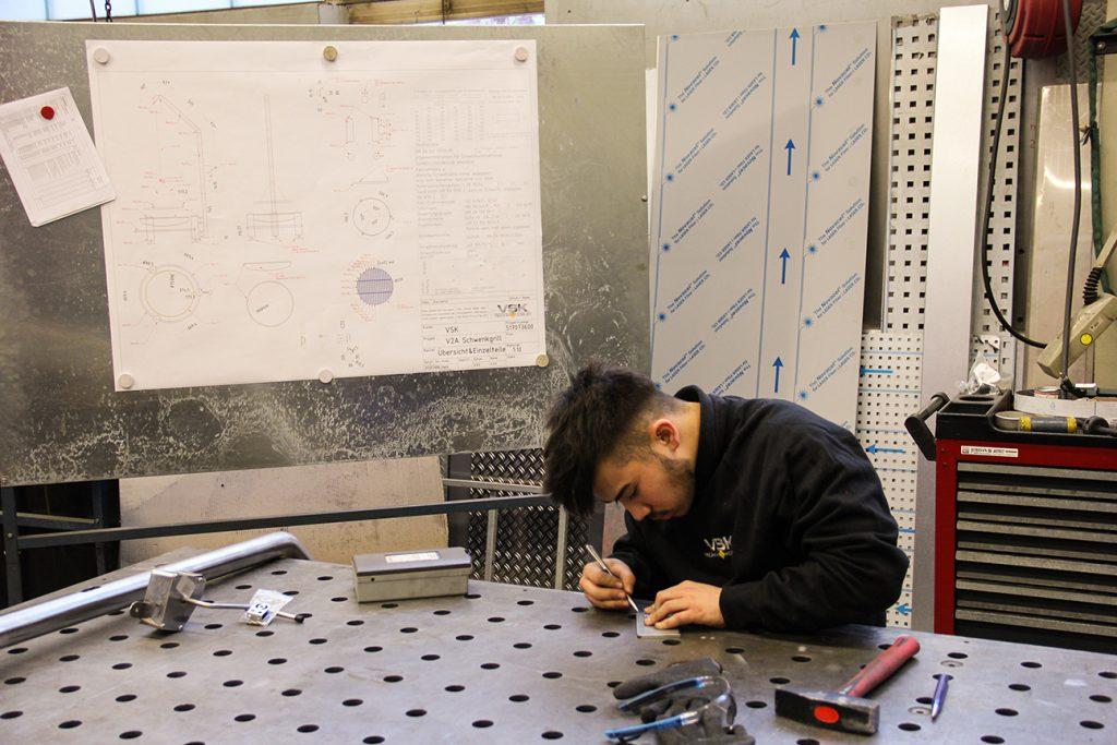 VSK Technik Kübler GmbH - Schwenkgrill - das andere Azubis-Projekt